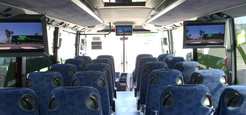 Why A Charter Bus Is the Best Way To Entertain a Group